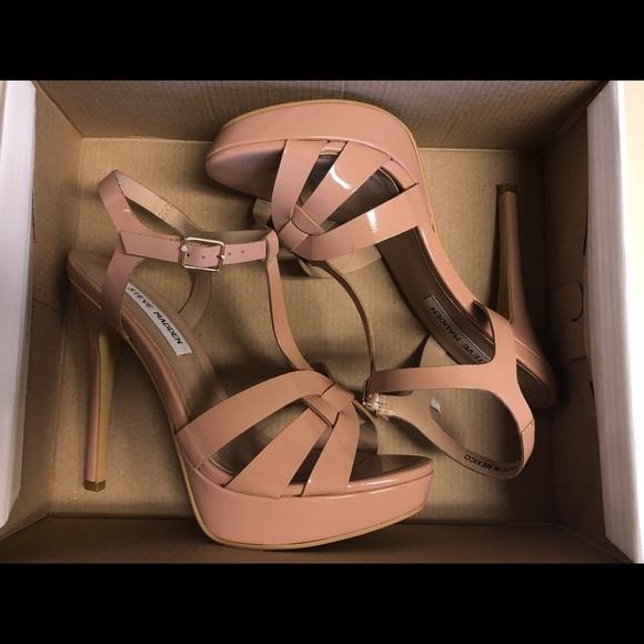 13f56af7ae9 NIB Steve Madden KADRI Nude Platform Sandals